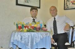 Il tavolo dell'assaggiatore, coi cocktail dei partecipanti.